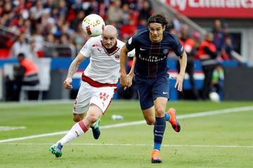 Edinson Cavani le da el triunfo al PSG