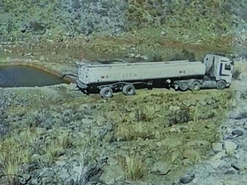Denuncian venta ilegal de agua potable a los ingenios mineros