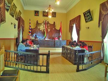Denuncian  el viaje de concejales  no autorizado