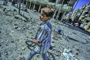 Ejército sirio reduce bombardeos en Alepo para facilitar la ayuda