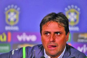 """Ángel Hoyos: """"pelearemos  los 27 puntos"""""""