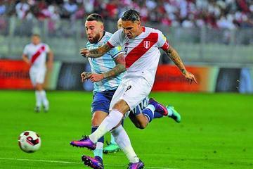 Argentina saca un empate amargo ante Perú
