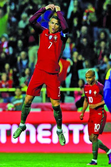 Portugal golea 6-0 a Andorra