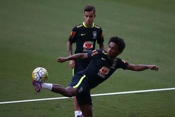 Willian se perfila como el sustituto de Neymar