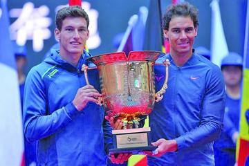 Nadal y Carreño vencen a Sock y Tomic en la final de tenis