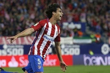Atlético logra una remontada ante Granada