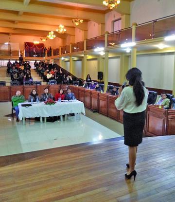 Prueba de oratoria celebra el aniversario de Derecho