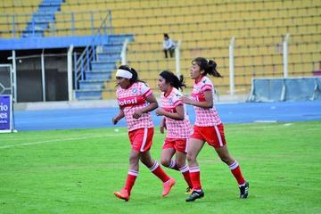 Convocan a 36 mujeres para defender el título nacional