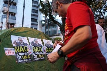 Sospechan que Lula percibió $us 2.5 millones en sobornos