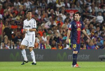 Ronaldo y Messi disputan el balón de oro