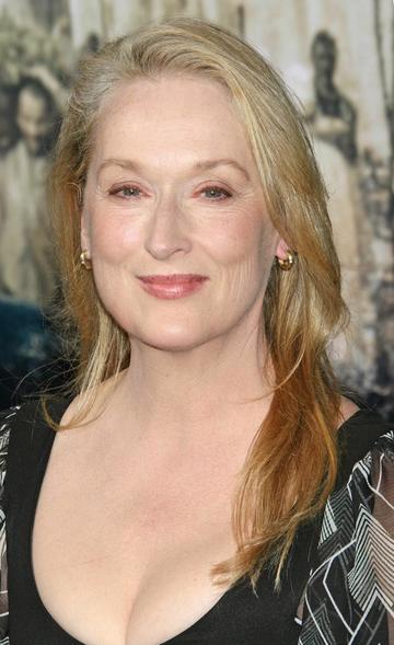 Meryl Streep está halagada si interpreta a Hillary Clinton