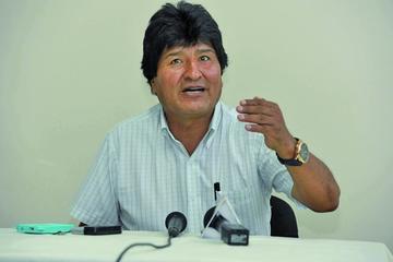 Evo Morales acusa de intromisión al secretario general de la OEA