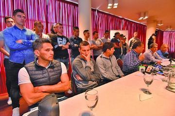 Los jugadores piden la dimisión del presidente de la FBF