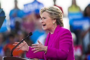 Hillary Clinton amplía su ventaja sobre Trump entre los latinos