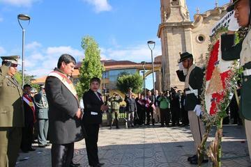 Los potosinos festejan aniversario con mensajes de unidad