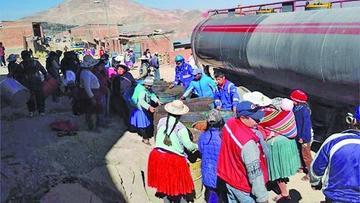 Escasez de agua lleva a Potosí, La Paz y Sucre a una enorme crisis
