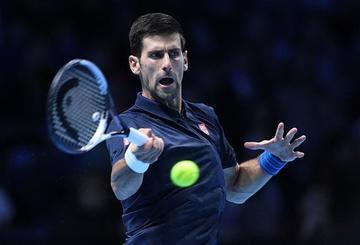 Djokovic alcanza las semifinales de Londres