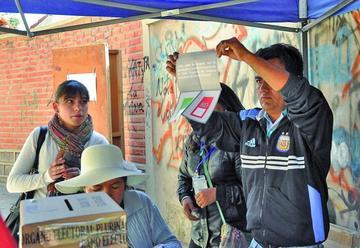 Referendo: el 65,4 % dice No a su Carta Orgánica en Sucre