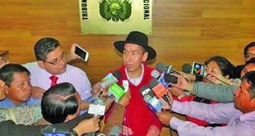 Senado decide reiniciar juicio a Gualberto Cusi el próximo martes 29