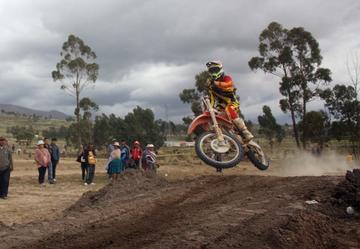 Puna albergará la segunda Copa Bolivia de la competencia de motociclismo