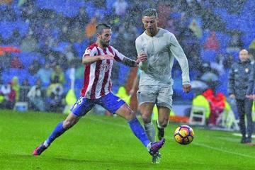 Real Madrid vence a Sporting de Gijón