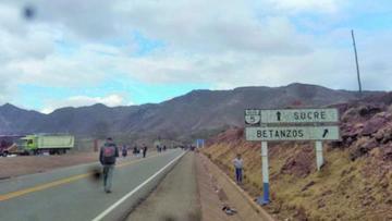 La carretera hacia Sucre esta expedita