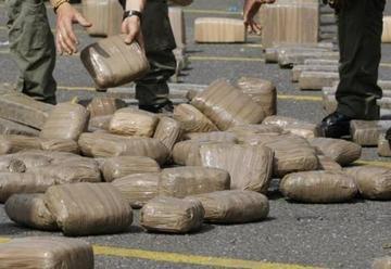 Embarcación con droga es capturada