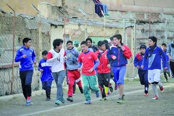 La academia de fútbol Real Potosí abre sus cursos de verano para niños