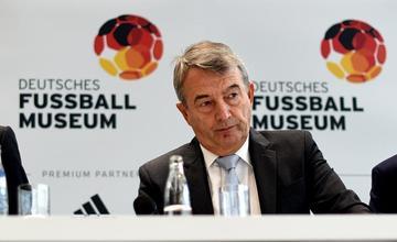 Wolfgang Niersbach renuncia al Consejo de la FIFA