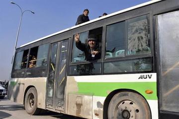 La evacuación de asediados en Alepo entra en últimas etapas