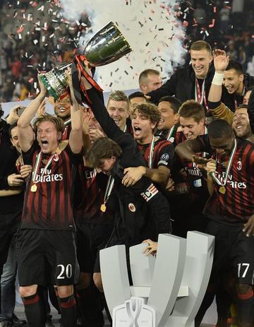 Milan conquista la séptima Supercopa italiana