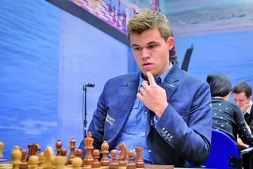 Carlsen busca el triplete de ajedrez rápido en Doha