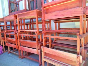 Aprueban compra de sillas escolares