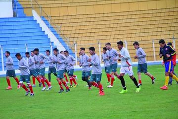 Nacional Potosí empieza con su trabajo de pretemporada y la prueba a jugadores