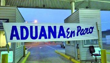 Aduana de Bolivia pide analizar perjuicios por paros chilenos