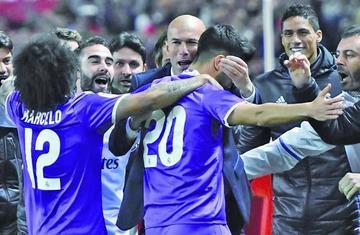 Madrid empata y asegura su pase a cuartos
