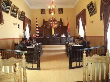 Concejo rechaza reconsiderar la designación de comisiones
