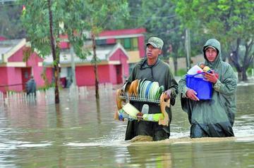 Reportan 13 muertos y 1.900 familias afectadas por lluvias