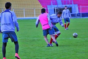 Nacional Potosí jugará un partido amistoso con Bolívar