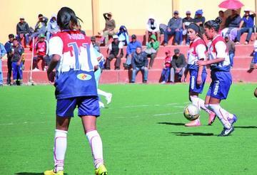 Las potosinas juegan partidos claves en Cochabamba