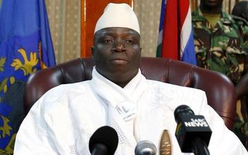 El expresidente Jammeh cede a las presiones y abandonará Gambia