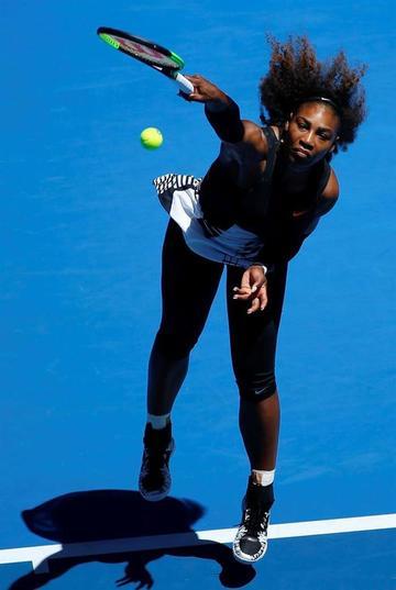 Serena Williams pasa sin problemas a los octavos