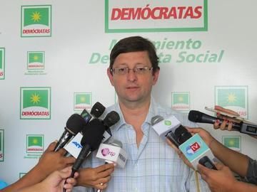 Nuevo gabinete es propio de un Gobierno agotado: Ortiz