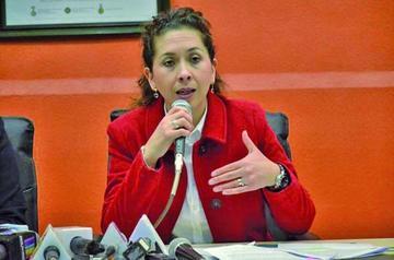 Moreira afirma que se declarará en la Fiscalía por la crisis del agua