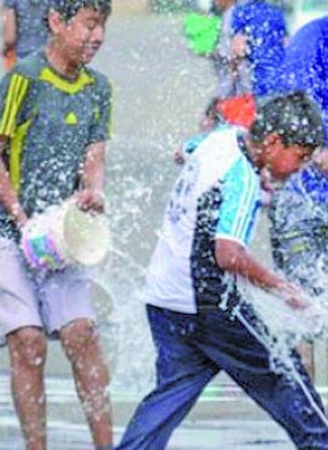 Sancionarán derroche de agua con multas desde los Bs 200