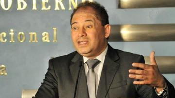 Romero acepta que el gabinete trabajará por la repostulación de Evo