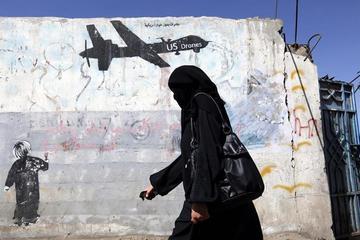 Combates y ataques en Yemen dejan un centenar de muertos