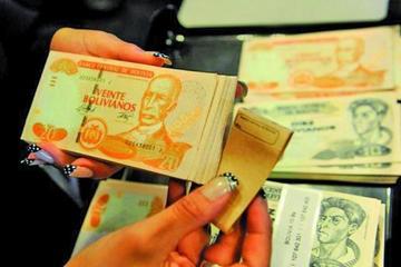 Gobernaciones abren 2017 con rebaja de salarios y más tributos