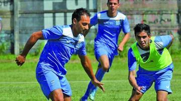 Blooming logra habilitar al delantero argentino Pereyra