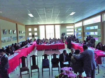 Los maestros  jubilados del país inician  su congreso